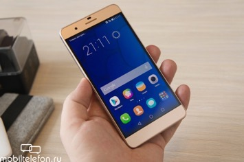 ��������������� ����� Huawei Honor 4X, Honor 6 Plus, Talkband B2 � N1