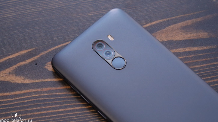 Overview of the camera Pocophone F1 vs. Xiaomi Mi 8: a knockout is better?